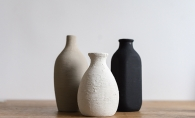 """terra cotta"" vases made from baking powder and paint"